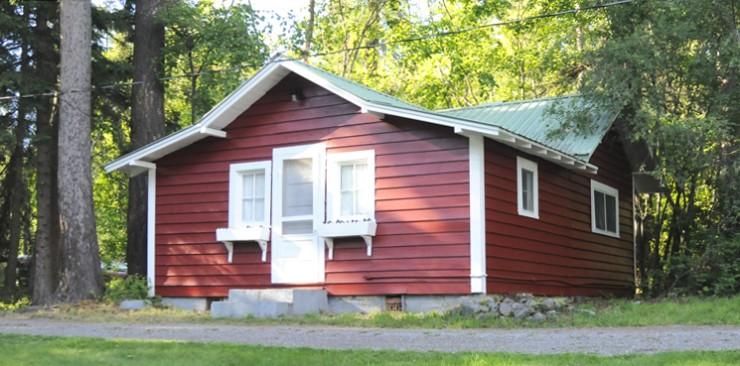 Petite Hill House
